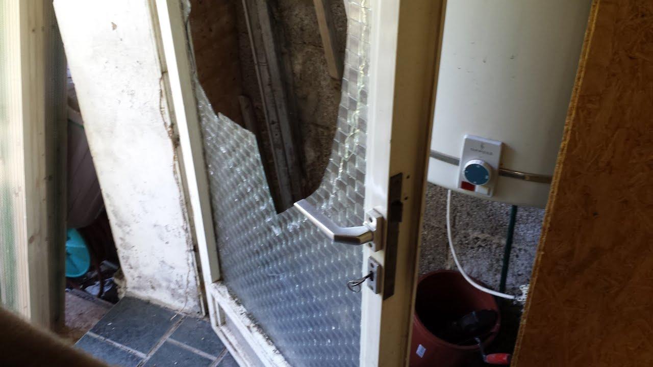 Reparatur Nebeneingangstur Nach Glasbruch Mdf Platte Youtube