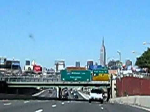 Travel from Queens New York into Manhatten