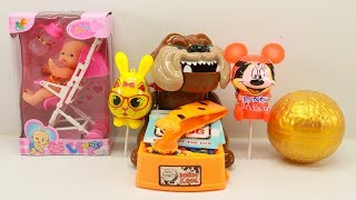 Learn candy toys open Baby doll / Mickey lollipop and candy Rabbit toys