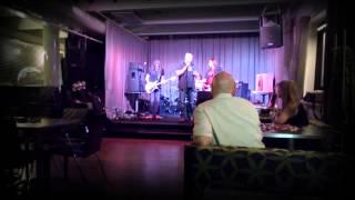 Nuori Rakkaus, Paratiisi, Asfaltti Polttaa & Pillitä Elli (cover, live)