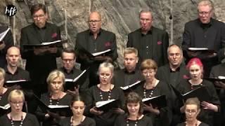 Tunnelmapaloja HFK:n 10-vuotisjuhlakonsertista