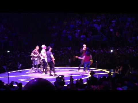 U2 play Angel of Harlem and All I Want Is You with fan Stephanie - Toronto 07/07/2015