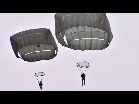 T-11 Advanced Tactical Parachute System - Paratroopers Jump