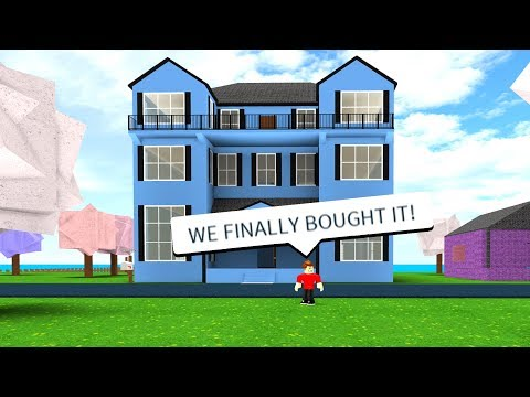 BUYING THE NEW MANSION! (Roblox Work At A Pizza Place)
