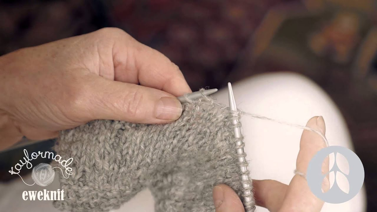 Knitting Made Easy How To Do A Plain Stitch Youtube