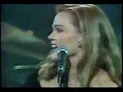 Belinda Carlisle  Heaven Is A Place On Earth Live '87