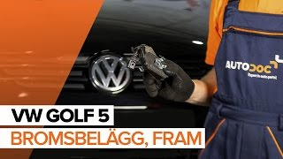 Montering Bromsbeläggsats VW GOLF V (1K1): gratis video