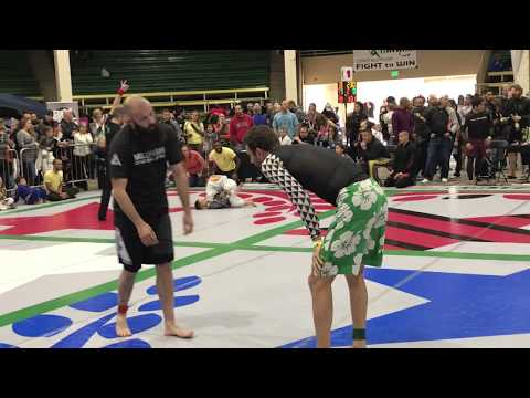 Summit County Jiu Jitsu  Doug vs Troy Everett Mile High Gracie