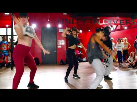 "Demi Lovato ""Sorry Not Sorry"" 