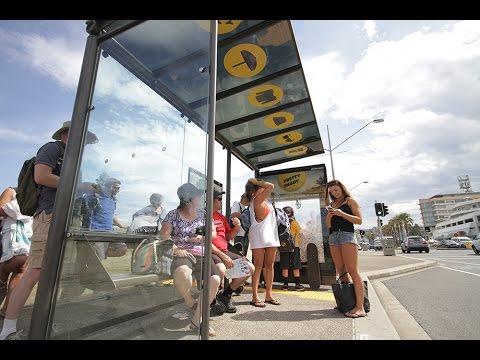Bondi beachgoers get shady with free sunscreen claw machines | JCDecaux Australia
