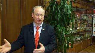 Рашкин предложил всех выселенных людей за долги подселять к Медведеву