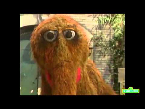 Classic Sesame Street - Snuffy is NOT an Elephant