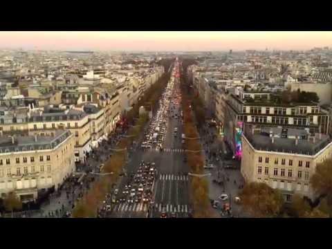 Zafer Takı'ndan Champs-Elysées