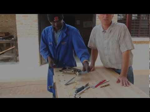 Rwanda in Minutes - the Big Boss Work Bench