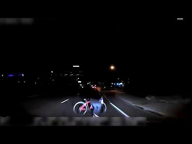 <h2><a href='https://webtv.eklogika.gr/vinteo-ntokoymento-me-parasyrsi-pezis-apo-ochima-tis-uber' target='_blank' title='Βίντεο - ντοκουμέντο με παράσυρση πεζής από όχημα της Uber'>Βίντεο - ντοκουμέντο με παράσυρση πεζής από όχημα της Uber</a></h2>