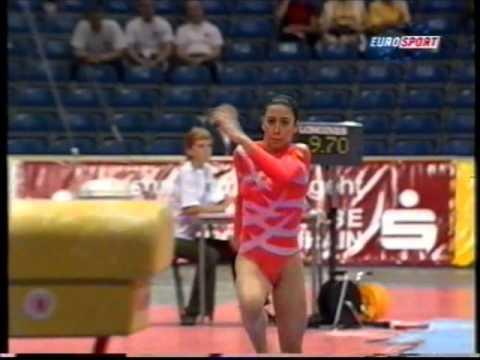 Download Laura MARTINEZ (ESP) vault - 2001 European Team Championships
