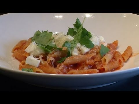 Pasta With Fresh Mozzarella & Eggplant : Pasta Recipes