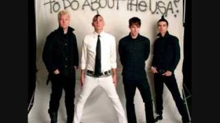 Anti-Flag - Indie Sux, Hardline Sux, Emo Sux, You Suck! with lyrics on español and english