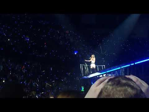 Taylor Swift - Clean (LIVE) - 1989 Tour