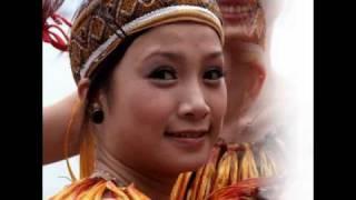 Viet girls - Bài ca chưa viết hết lời