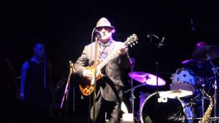 And the Healing Has Begun - Van Morrison. Forest Hills Stadium, Queens. NY. June 19, 2015.