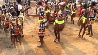 Dança Tradicional   Moxico