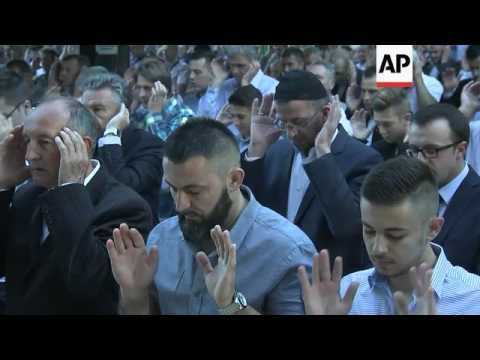 Bosnian Muslims celebrate Eid al-Fitr