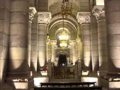 Cripta y Catedral de La Almudena.   Madrid.wmv