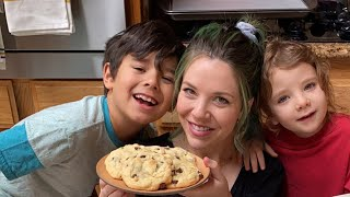 Hannah Is Making Easy Cake Mix Cookies With Her Kids! •Tasty
