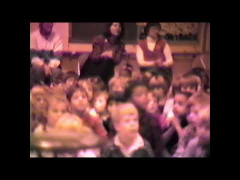 Cumberland Elementary School (Whitefish Bay, WI) 1988 Christmas Performance