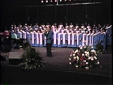 Yahweh - Rev. James Moore and the Mississippi Mass Choir