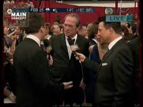 Oscars 2008 Red Carpet - Tommy Lee Jones