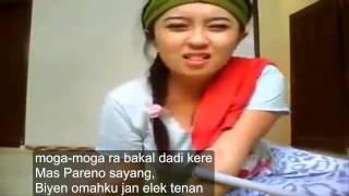 Video Kere Munggah Bale || Pembantu Imut Lipsync Lagu Campursari - Pengajian Akbar