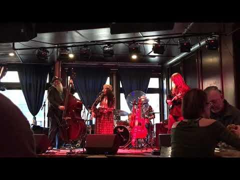 EmiSunshine 02/05/18 Music City Hootenanny - The Valentine - Nashville