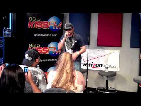 Sean Paul behind the Scenes at 96.5 Kiss FM
