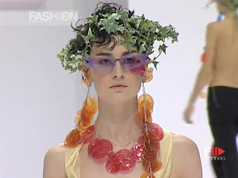 ISSEY MIYAKE Full Show Spring Summer 2002 Paris by Fashion Channel
