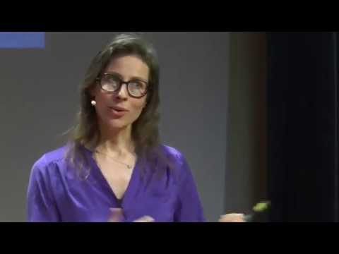 My year of living without money | Carolien Hoogland | TEDxErasmusUniversity