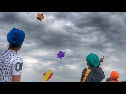 Flying kites on Road    BIR RAMGARHIA