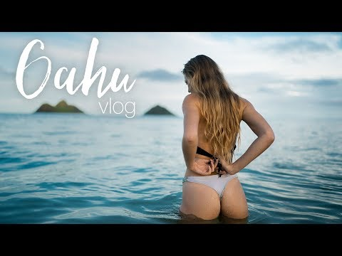 Four Days in Oahu - Bikini Photoshoots in the Rain Hiking and a Surf Competition
