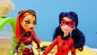 Спор Леди Баг и Торалей из-за Супер Кота. Видео для детей