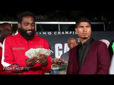 Thumbnail: Adrien Broner flashes crazy money stack at Mikey Garcia
