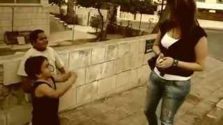 اولاد عرب يعاكسون بنات في الشارع - YouTube.flv