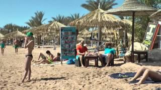 Пляж отеля Delta Sharm, Шарм-эль-Шейх, февраль 2015 г.(Посмотрите, какие в Египте могут быть горе-пляжи. Публикую исключительно из добрых соображений для всех..., 2015-02-22T22:39:48.000Z)
