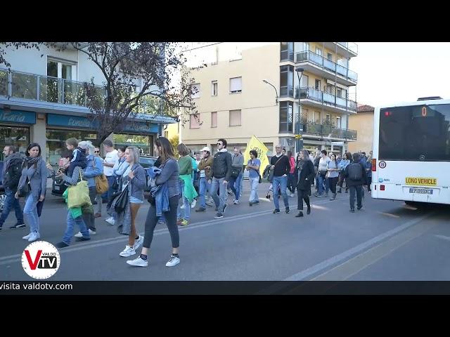La manifestazione contro il green pass a Mestre VE