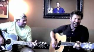 """Brett Eldredge - Couch Sessions - """"Never Had It Better"""""""