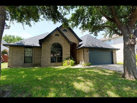 Fabulous Four Bedroom Home Located In North McAllen! - 1905 Duke Avenue