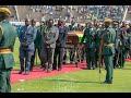 Prezida Robert MUGABE yabaye Umukuru w'Igihugu adasanzwe kuri Zimbabwe no kuri Afrika yose. Umviriza