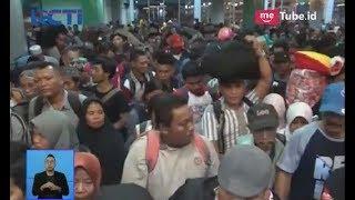 Membludak!! Penumpang di Pelabuhan Makassar Berdesakan & Saling Dorong untuk Masuk Kapal - SIS 12/06