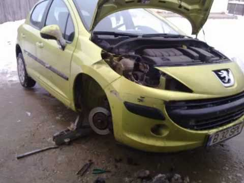 Peugeot 207 right  front wing damaged repair