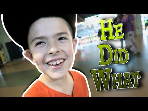 KID GOES ON THE FIELD AT MINUTE MAID PARK